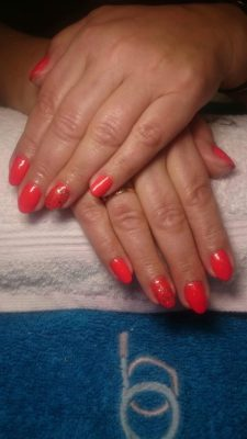 Pomalowane paznokcie